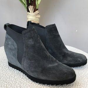 Darena Naturalizer N5 Comfort Wedge Suede Boot